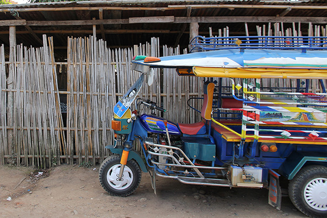 Colours of Laos - Tuk Tuk
