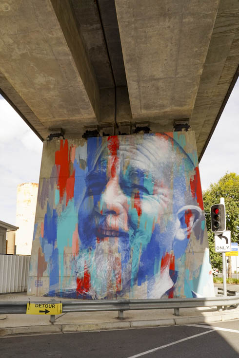 Mural on railway bridge pillar