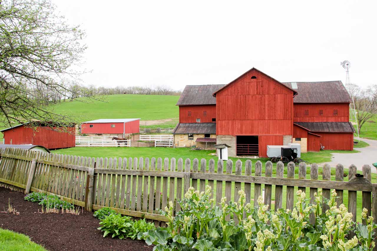 Red barn at Yoder's Amish Home