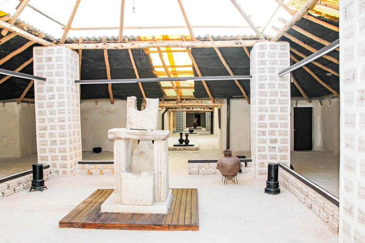 Photo of the salt hotel foyer with floor, walls and sculptures made of salt