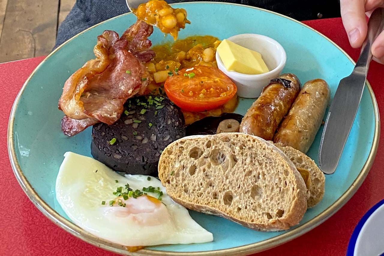 Scottish breakfast full fry-up