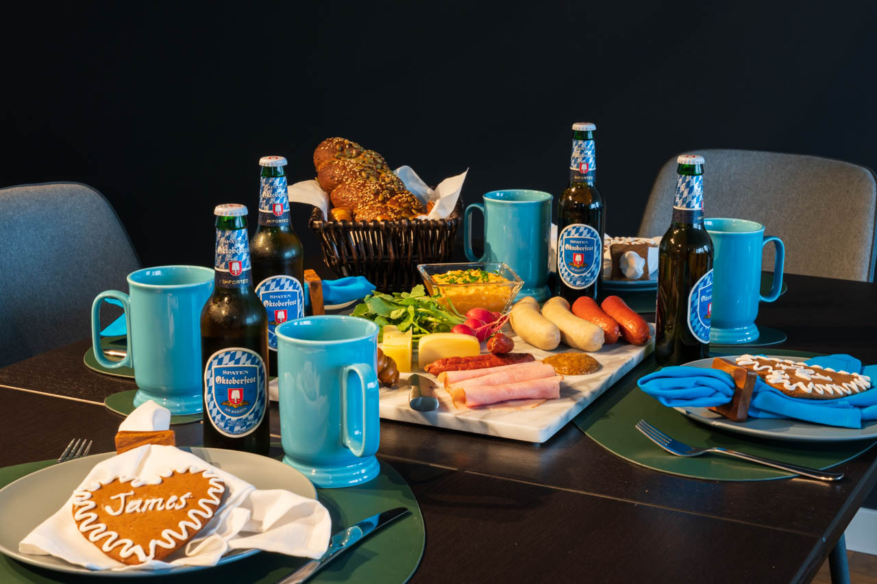 Table set in Bavarian blue and white colours with grazing platter in the centre